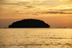 Sonnenuntergang auf dem Strand in Sihanoukville, Kambodscha Stockfotografie