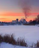 Sonnenuntergang auf den des Urals Bergen Lizenzfreies Stockbild