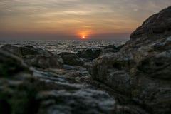 Sonnenuntergang auf der Küste Lizenzfreies Stockbild