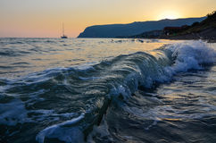 Sonnenuntergang auf der Küste Lizenzfreie Stockfotos