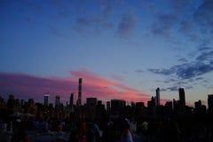 Sonnenuntergang auf der oberen Ostseite 2 Stockbild
