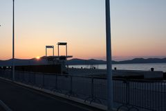 Sonnenuntergang auf der Seeküste Lizenzfreie Stockfotografie