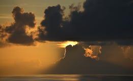 Sonnenuntergang auf einem Kreuzfahrt-Boot Stockfotografie