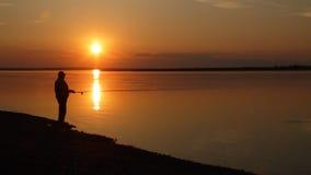 Sonnenuntergang auf Fluss stock video footage