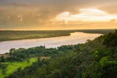 Sonnenuntergang auf Fluss Stockfotografie