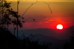 Sonnenuntergang auf Hintergrund Stockbilder