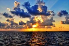 Sonnenuntergang auf Maldives Lizenzfreie Stockfotografie