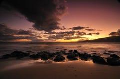 Sonnenuntergang auf Maui-Insel, Hawaii Stockfotografie