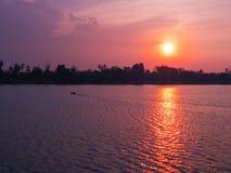 Sonnenuntergang auf Mekong-Fluss Lizenzfreies Stockfoto