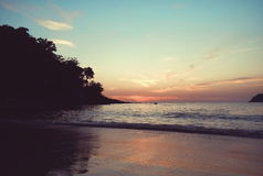 Sonnenuntergang auf Phuket Lizenzfreie Stockfotografie