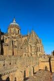 Sonnenuntergang auf Salamanca-Kathedrale Lizenzfreie Stockfotos