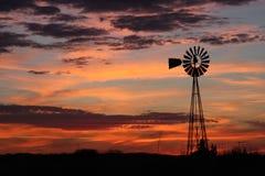 Sonnenuntergang auf Texas Field Lizenzfreies Stockfoto