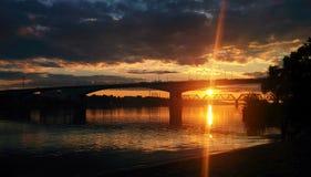Sonnenuntergang auf Volga Lizenzfreies Stockfoto