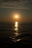 Sonnenuntergang am Badeort von Adler/von Sochi am Sommer Stockfotos