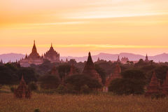 Sonnenuntergang in Bagan Lizenzfreie Stockfotos