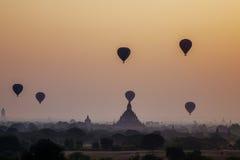 Sonnenuntergang in Bagan, Myanmar Lizenzfreies Stockbild
