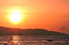 Sonnenuntergang bei Anjung Senja, Kota Kinabalu, Sabah lizenzfreies stockfoto