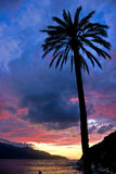 Sonnenuntergang bei Forno, auf dem Biodola Schacht, Elba-Insel. Stockfotos