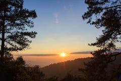 Sonnenuntergang bei Huai Nam Dang Lizenzfreies Stockbild