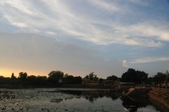 Sonnenuntergang bei Khajuraho, Indien Stockfoto