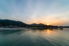 Sonnenuntergang bei Koh Phangan Lizenzfreie Stockfotos