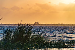 Sonnenuntergang bei Lake Washington nahe Melbourne Florida Stockbild
