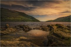 Sonnenuntergang bei Loch Lomond - Schottland stockfotografie