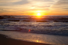 Sonnenuntergang bei Manhattan Beach, Half Moon Bay, Kalifornien stockfoto