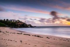 Sonnenuntergang bei Seychellen lizenzfreies stockbild