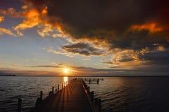 Sonnenuntergang bei Steinhuder morgens Meer Lizenzfreie Stockfotos