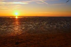 Sonnenuntergang bei WestKirby lizenzfreies stockbild
