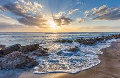 Sonnenuntergang ?ber dem Golf von Mexiko von Caspersen-Strand in Venedig Florida stockbild