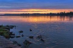 Sonnenuntergang über Weichsel Lizenzfreie Stockfotografie
