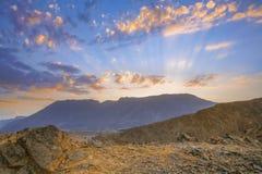 Sonnenuntergang am Berg Lizenzfreie Stockbilder