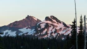 Sonnenuntergang, Berg Rainier National Park Lizenzfreie Stockfotografie