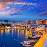 Sonnenuntergang Calasfonts Cales Fonts Port in Mahon bei Balearics Stockbild