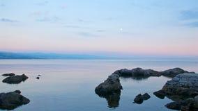 Sonnenuntergang in dem adriatischen Meer in Kroatien Lizenzfreie Stockfotografie