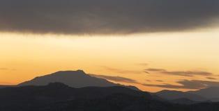 Sonnenuntergang in den Bergen von Elche Stockfotografie