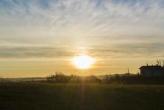 Sonnenuntergang in den Hügeln von See Garda Lizenzfreie Stockbilder