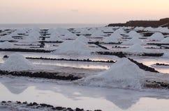 Sonnenuntergang in den Salzebenen von Fuencaliente Lizenzfreies Stockbild