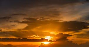 Sonnenuntergang in der Abend Zeitspanne stock video footage
