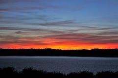 Sonnenuntergang an der Küste von le Guildo Saint Cast in Bretagne stockbilder