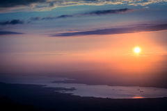 Sonnenuntergang in der Kartepe-Gebirgslandschaft Die Türkei Lizenzfreie Stockfotografie