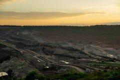 Sonnenuntergang in der Kohlengrube Lizenzfreie Stockbilder