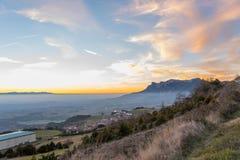 Sonnenuntergang in der Landseite von Spanien Lizenzfreie Stockfotos