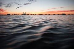 Sonnenuntergang in der Pfütze Stockfoto