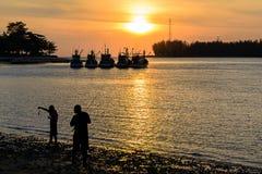 Sonnenuntergang an der Sarasin-Brücke in Phuket Lizenzfreie Stockfotos