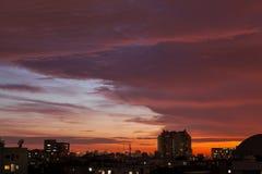 Sonnenuntergang in der städtischen Stadt lizenzfreies stockfoto