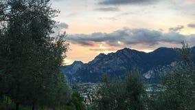 Sonnenuntergang in der Stadt von Arko Lizenzfreies Stockfoto