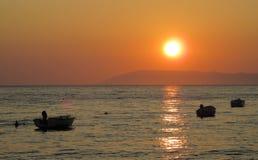 Sonnenuntergang durch adriatisches Meer Lizenzfreies Stockbild